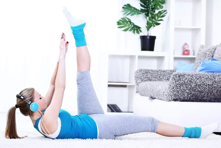 Sports at home: sports exercises at home