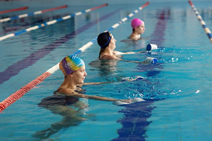 Exercises in the pool to lose weight: simple advice.