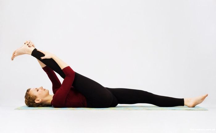 How to stretch: tips and exercises.