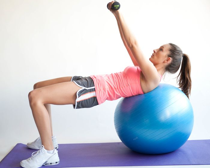 Exercises for the pectoral muscles for girls and not only.