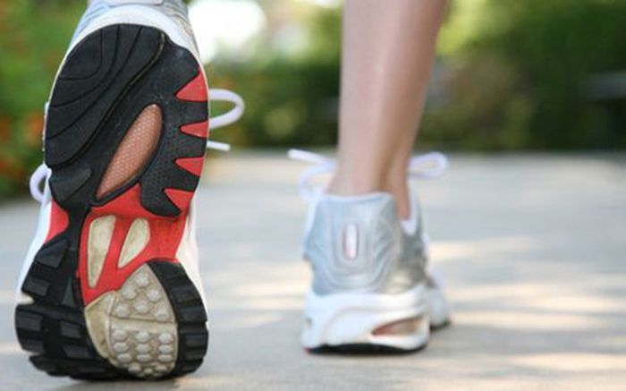 Walking: how is it beneficial for the human body?