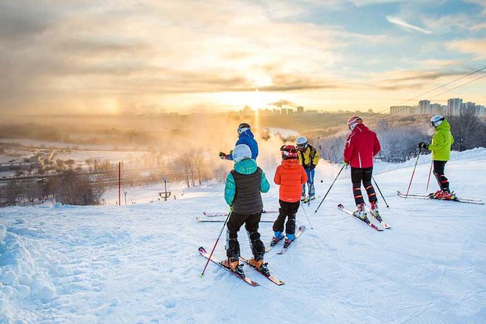 Where to go skiing in Moscow: a list of resorts with good trails